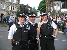 image-policewomen